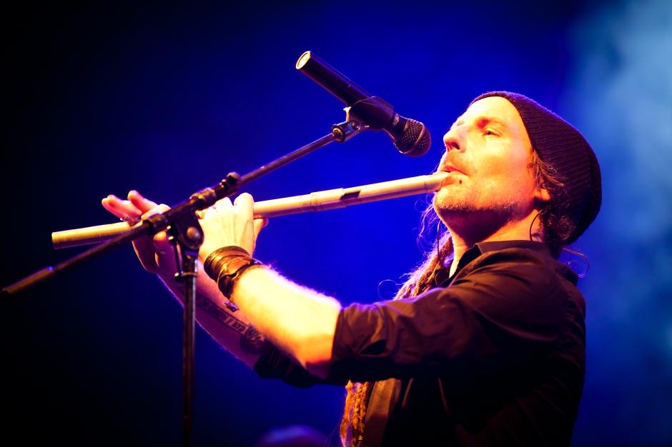 Chrigel_Glanzmann_-_Eluveitie_live_@_WGT_2011_(II)